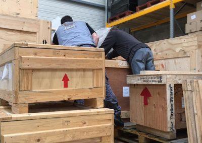 Emballage boite déménagement maritime - site : https://lucas-outre-mer.fr