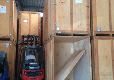 Garde-meubles box déménagement maritime - site : https://lucas-outre-mer.fr