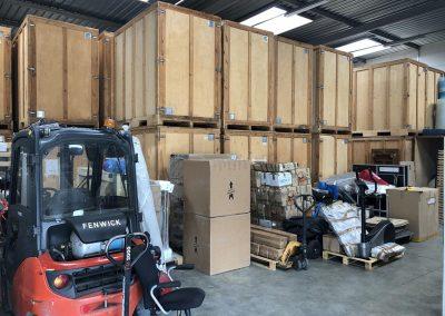 Garde-meubles dépot déménagement maritime - site : https://lucas-outre-mer.fr